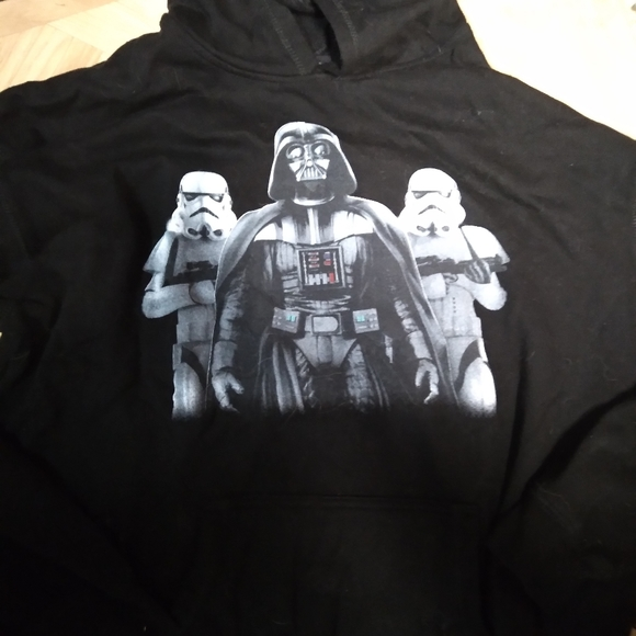 Mens large star wars hoodie